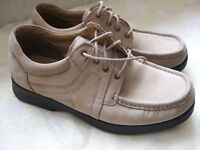 Clarks mens shoes size 8.5 used but very good condition