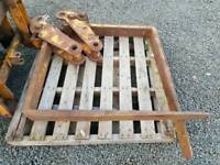 Pair of jcb digger pallet forks these ones flip over tractor