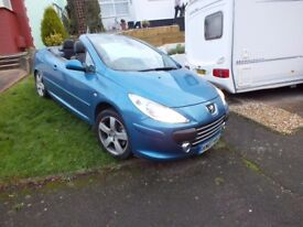 Peugeot 307 2.0L HDI convertable great condition.