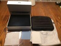 Apple iPad 4th Generation 16GB, Wi-Fi, 9.7in - Black