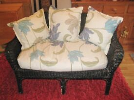 Nice Old Vintage Wicker Two-Seater Settee With Cushions And Seat Pad.