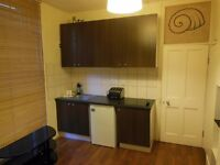 1 bedroom flat in Richmond, all bills included, separate bathroom and toilet