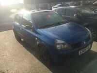 £200 05 Renault clio