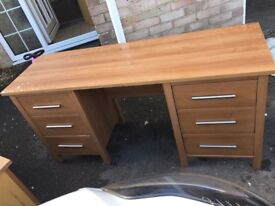 Dressing table and 2xbedside cabinets