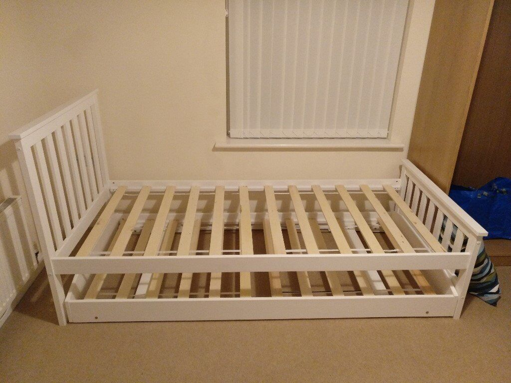 Single Bed in White with Trundle