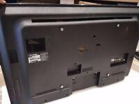 "LG 47"" LED TV 47LN5400 (Broken screen, No picture)"