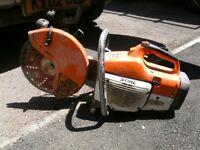 Stihl TS400 petrol disc cutter. 18 assorted blades.