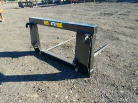 Brand new euro 8 tractor front loader bale spike