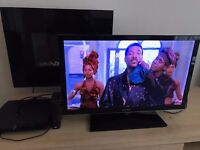 LED TV - Sonia Bravia: Was £500 new 2 years ago - with Playstation 2 & Battlefield also: