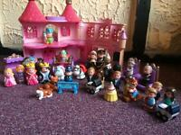 Happyland castle with 32 figures including royal family sets