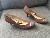 Ladies heels uk size 7 and a half NEW