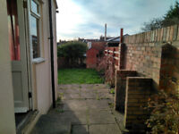 LAST double room available in a spacious, bright house in Horfield