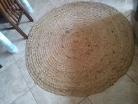WICKER ROUND RUG - £10 (VERY GOOD CONDITION)