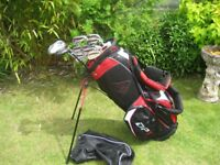 DUNLOP TOUR GOLF CLUBS IN BAG WITH STAND MENS RIGHT HAND