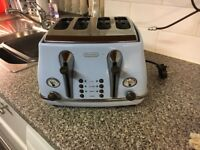 Vintage style delonghi toaster pale blue excellent condition