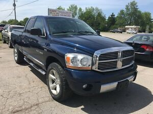 2006 Dodge Ram 1500 Laramie  ***5.7 HEMI*** NEW TIRES ****