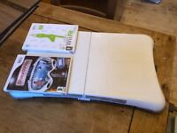Wii fit board +2 Games, Wii fit and Shaun White Snowboarding