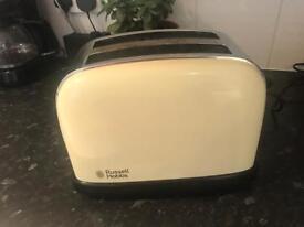 Russel Hobbs cream chrome toaster good condition