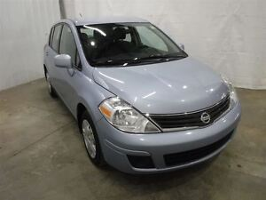 2011 Nissan Versa 1.8S No Accidents 1 Owner Local