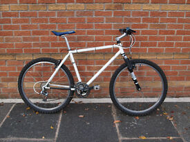 1997 Marin 18.5″ Hawk Hill - 21 speed steel hardtail mountain bike - RockShox - fully serviced