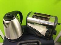 Toaster and ketlle