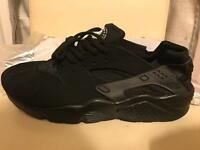 Nike huaraches brand new