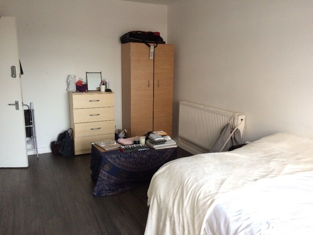 Double room available near shoreditch