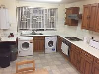 Double room to rent side of 7 sisters Rd, 2 mins walking to Seven Sisters Tube - All bills included