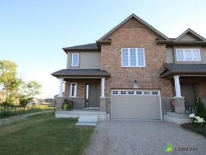 $339,900 - Townhouse for sale in Stratford