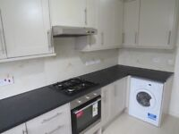 A 2 bed flat to rent in Four Acres, Holden Road, Woodside Park N12