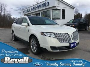 2012 Lincoln MKT Ecoboost AWD  *1-Owner Local Trade Panoramic Vi