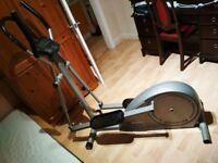 Rebook Cross Trainer 3000