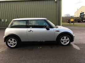 PETROL MINI ONE AUTO: FABULOUS CONDITION, 1 LADY OWNER, FULL SERVICE HISTORY, MOT OCT 2017