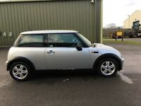 MINI ONE AUTO: IMMACULATE CONDITION, 1 LADY OWNER, FULL SERVICE HISTORY, MOT OCT 2017