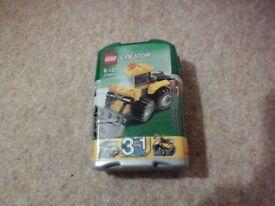 Lego 3 in 1 mini Digger