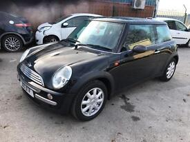2004 MINI ONE 1.6 PETROL MANUAL IN BLACK # LOW MILEAGE # JUST HAD A FULL SERVICE # HPI CLEAR