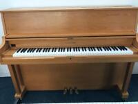 Hyundai Upright Piano Oak 3 pedal c1987