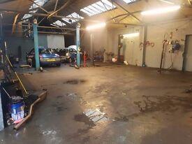 Bussines Garage auto Sale Rent workshop
