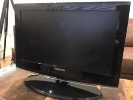 Black Samsung LE22C452C4H 55.9 cm (22 inch) HD Black TV