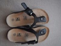 black leather sandals size 5