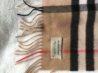 Genuine BURBERRY Classic Cashmere Scarf in Camel Giant Check and Dots Plum