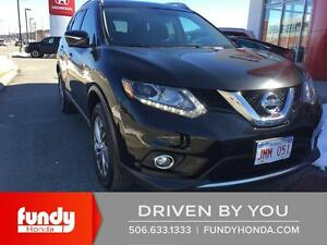 2015 Nissan Rogue SL LOADED -LEATHER-MOONROOF-BACKUP CAM!