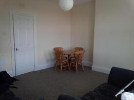 Excellent 2 Bedroom Flat[130 Second Avenue] Clydebank