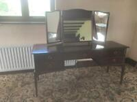 Immaculate STAG Minstrel Solid Wood 5 FT Dressing Table Console Drawers Triple Mirror