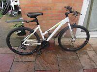 ladies raleigh mountain bike aluminium frame with bike lock £59.00
