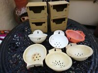 Plastic Finch/Canary Breeding Boxes & Pans