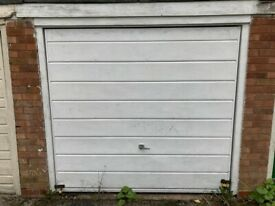 Medium Size Garage to rent in Wolverhampton ideal for storage and Parking