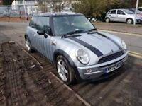 MINI Hatch 1.6 One 3dr 11 SERVICE STAMPS THIS WEEK BARGAIN 2002