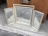 Retro Style Cream triple mirror