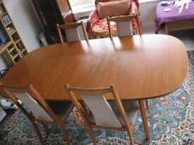 EXTENDING DINING TABLE AND 4 CHAIRS, LOCAL DELIVERY AVAILABLE